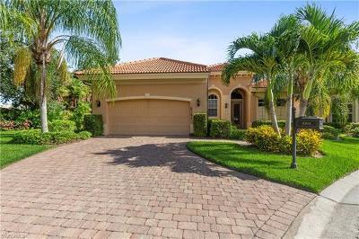 Naples Single Family Home For Sale: 6061 Divot Ct