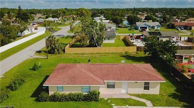 Goodland, Marco Island, Naples, Fort Myers, Lee Multi Family Home For Sale: 5497 Hunter Blvd