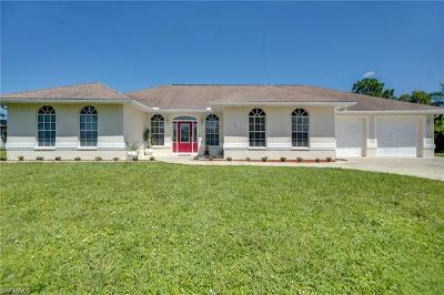 North Fort Myers Single Family Home For Sale: 3601 Downwind Ln