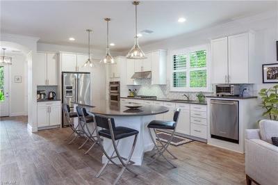Naples Single Family Home For Sale: 7073 Live Oak Dr