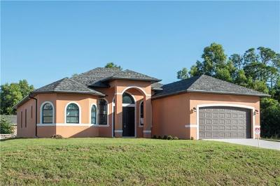 Lehigh Acres Single Family Home For Sale: 4300 5th St W