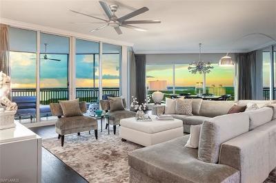 Bonita Springs Condo/Townhouse For Sale: 4800 Pelican Colony Blvd #2004