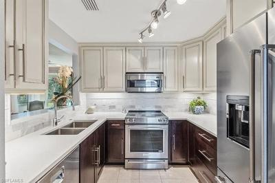 Naples Condo/Townhouse For Sale: 6765 Huntington Lakes Cir #101