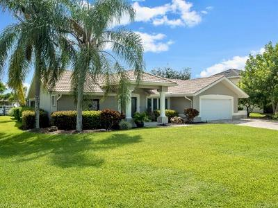 Fort Myers Single Family Home For Sale: 6758 Griffin Blvd