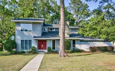 Betton Hills Single Family Home For Sale: 1608 Laguna Drive