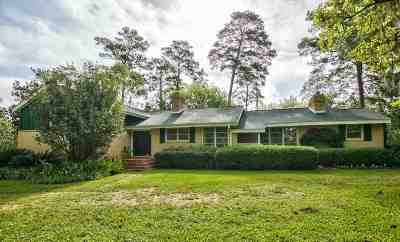 Gadsden County Single Family Home For Sale: 1446 Attapulgus Highway