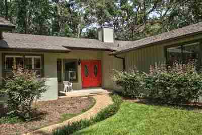 Betton Hills Single Family Home For Sale: 2721 Everett