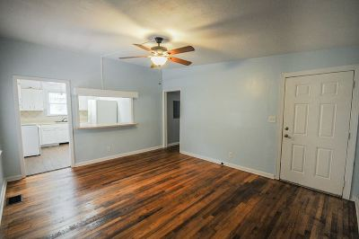 Azalea Park Single Family Home Contingent: 1827 Tyndall Drive