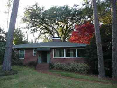 Betton Hills Rental New: 1416 Crestview
