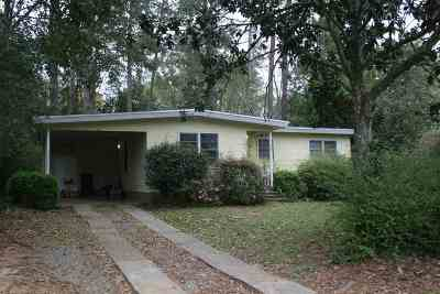 Azalea Park Single Family Home For Sale: 607 Kyle Street