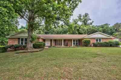 Lafayette Oaks Single Family Home For Sale: 2007 Versailles Court