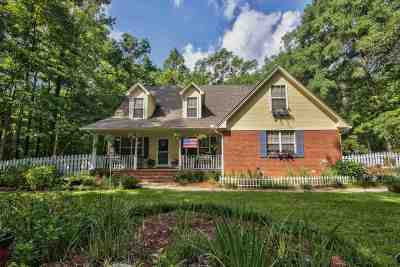 Havana Single Family Home For Sale: 1507 Timber Run