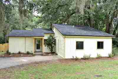 Huntington Woods Single Family Home For Sale: 2626 Faversham Drive