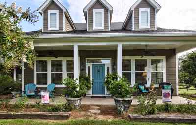 Jefferson County Single Family Home For Sale: 77 Hiawatha Farms Road