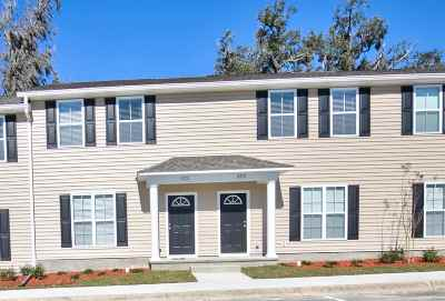 Tallahassee Condo/Townhouse For Sale: 1938 Ann Arbor Avenue #2408