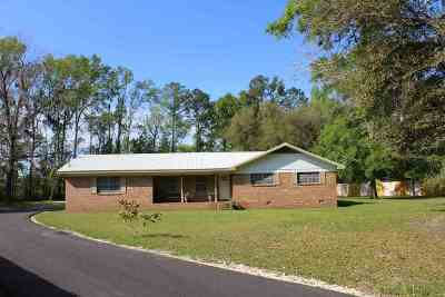Jefferson County Single Family Home For Sale: 202 Brumbley