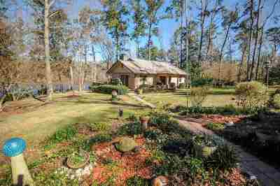 Gadsden County Single Family Home For Sale: 153 Our St