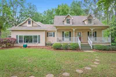 Gadsden County Single Family Home New: 175 Frank Pais Road