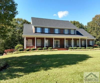 Oconee County Single Family Home Active Active: 1290 Beverly Dr