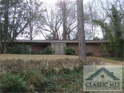 Athens Single Family Home Active Active-Call Agent: 130 Chestnut Lane