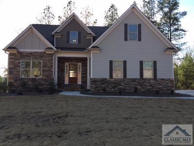 Jackson County Single Family Home Active Active: 834 Bear Creek Lane