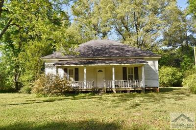 Jackson County Single Family Home Active Active: 440 Charlie Cooper Rd