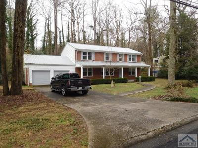 Single Family Home Active Active: 133 Valleywood Drive