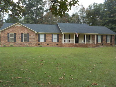 Lee County Single Family Home For Sale: 216 Archie Drive