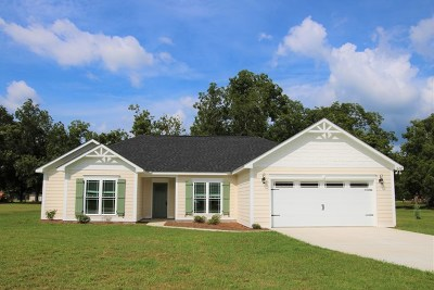Lee County Single Family Home For Sale: 328 North Buck Run Drive