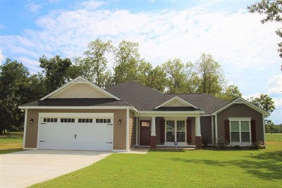 Lee County Single Family Home For Sale: 345 Buck Run Drive