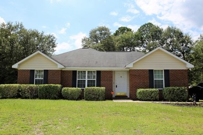 Lee County Single Family Home For Sale: 165 McDonald Court