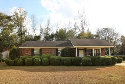 Single Family Home For Sale: 120 Cypress Lane