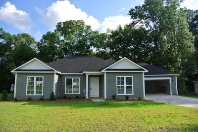 Lee County Single Family Home For Sale: 186 Edinborough Drive