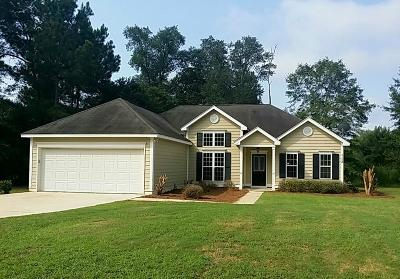 Lee County Single Family Home For Sale: 113 Austin Court