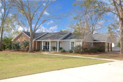 Lee County Single Family Home For Sale: 189 Berkeley Road