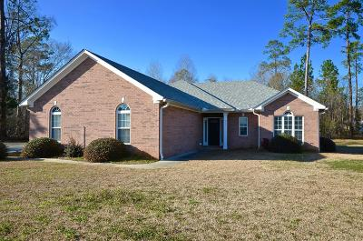 Lee County Single Family Home For Sale: 111 Meadow Grove Court