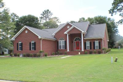 Lee County Single Family Home For Sale: 198 Autumn Leaf Drive