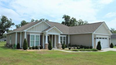Lee County Single Family Home For Sale: 332 Buck Run Drive
