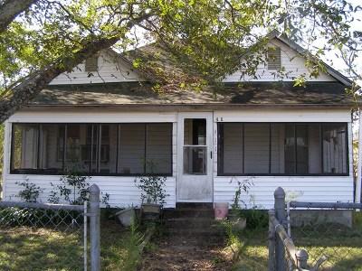 Ocilla, Irwinville, Chula, Wray , Abbeville, Fitzgerald, Mystic, Ashburn, Sycamore, Rebecca Single Family Home For Sale: 411 E Altamaha