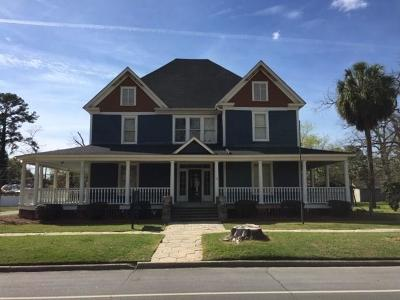 Single Family Home For Sale: 327 S Main St