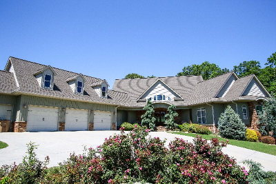 Chatsworth, Eton Single Family Home For Sale: 764 Heritage Circle