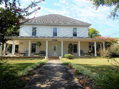 Chatsworth, Eton Single Family Home For Sale