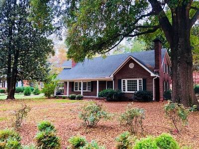 Dalton Single Family Home For Sale: 700 Miller Street