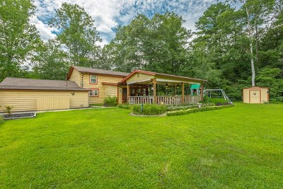 Chatsworth, Eton Single Family Home For Sale: 318 Forest Drive