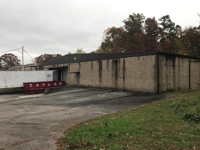 Catoosa County, Whitfield County, Murray County Commercial For Sale: 3612 SW Triple Oaks Drive