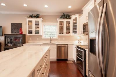 Ringgold Single Family Home For Sale: 140 Marilyn Circle