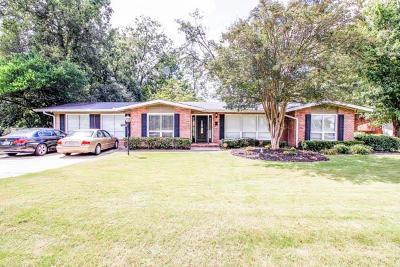 Columbus Single Family Home For Sale: 2559 Auburn Avenue