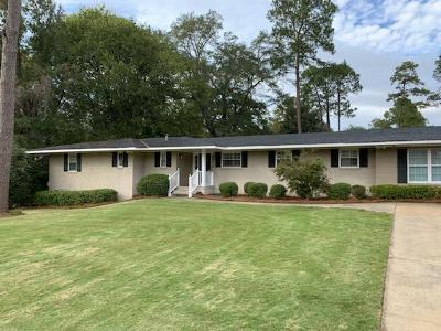 Columbus Single Family Home For Sale: 2501 Country Club Road