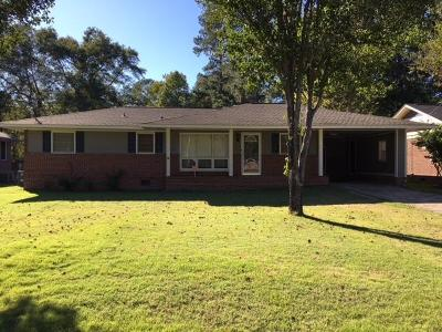 Columbus Single Family Home For Sale: 2403 Laurel Drive