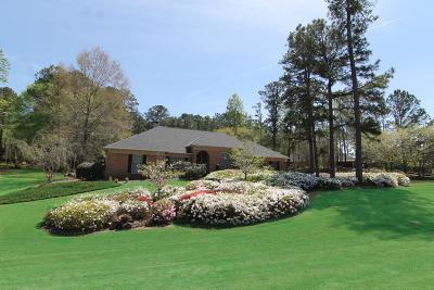 Columbus Single Family Home For Sale: 9160 Pinewood Drive